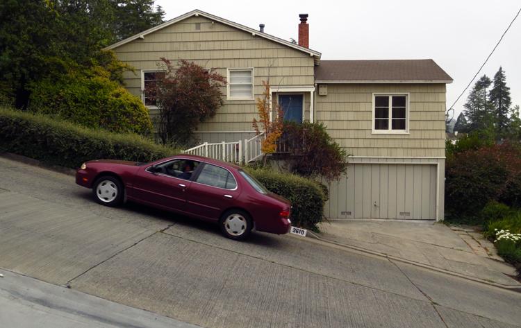 Slant of Marin Avenue in Berkeley