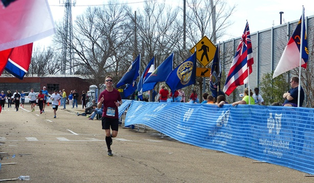 Mike Sohaskey finishing strong at Mississippi Blues Marathon 2013