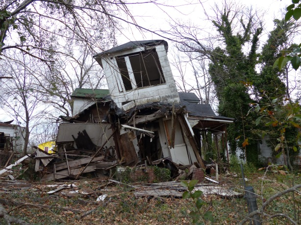 Dilapidated home around downtown Jackson, MS