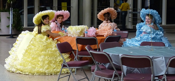 Southern belles at 2014 First Light Marathon expo