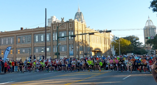 2014 First Light Marathon start line