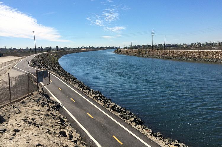 View along the San Gabriel River bike trail