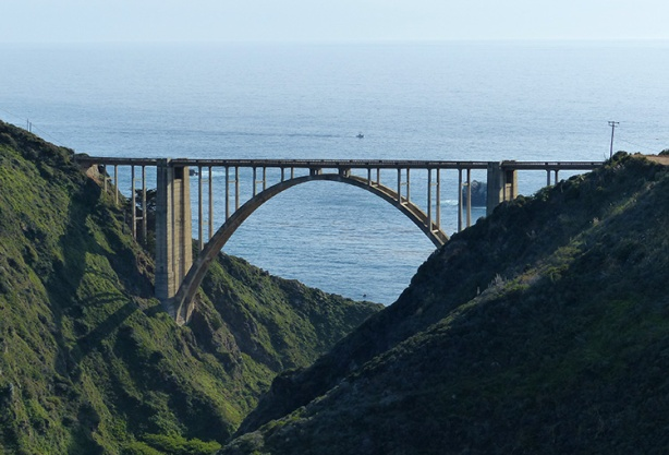 Bixby Bridge, midway point of Big Sur International Marathon