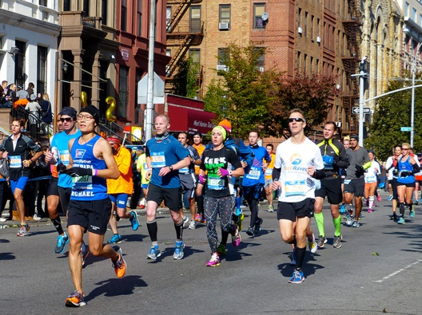 New York City Marathon - Mike Sohaskey in mile 22 (Harlem)