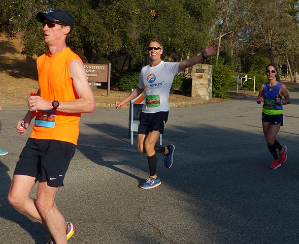 Mike Sohaskey - 2015 Mountains 2 Beach Marathon at mile 9