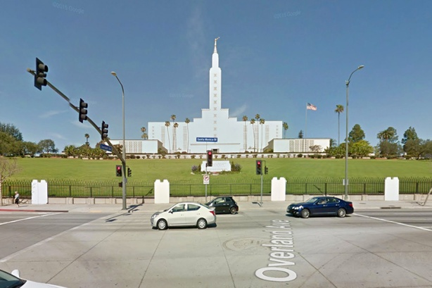 Los Angeles Marathon course runs by Latter Day Saints temple on Santa Monica