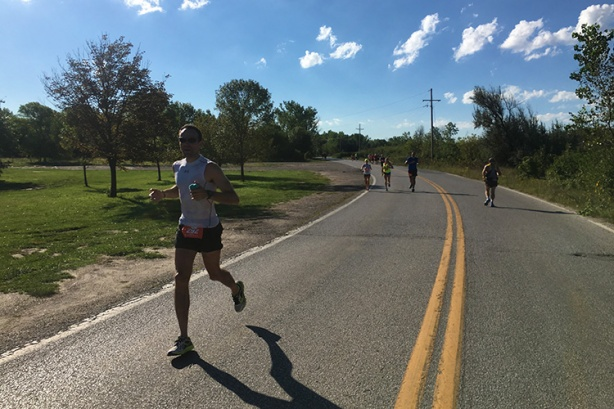 Dan Solera at mile 14 of Omaha Marathon