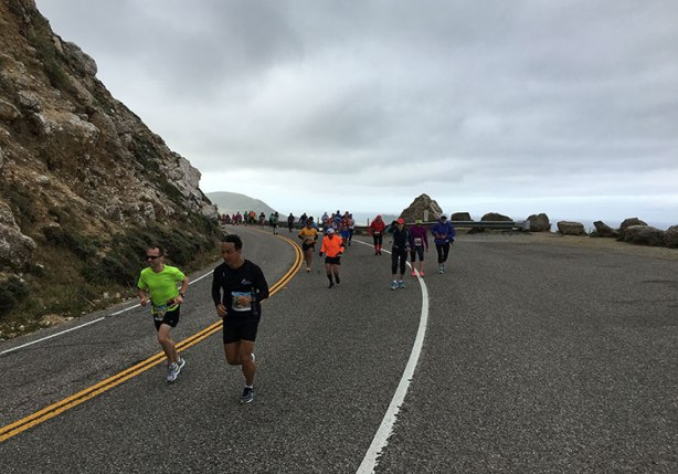 Up Hurricane Point at Big Sur International Marathon_bch