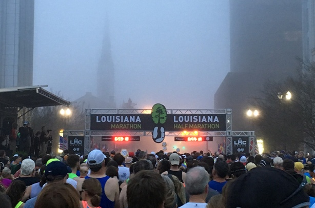 Louisiana Marathon start line shrouded in fog