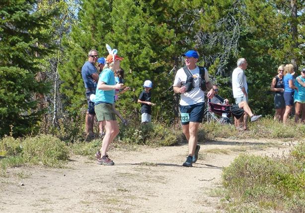 Dumont Lake aid station (Run Rabbit Run)