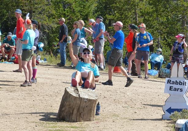 Mandy volunteering at Dumont Lake (Run Rabbit Run 50)