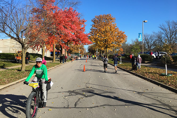 Fall foliage on Drake campus in mile 13 of Des Moines Marathon