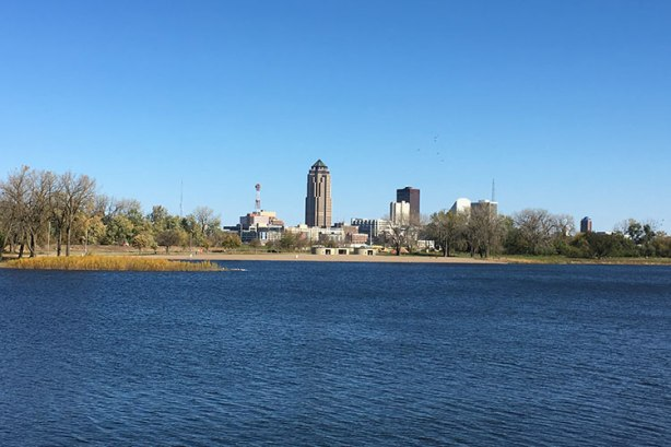 View of Des Moines skyline across Gray's Lake