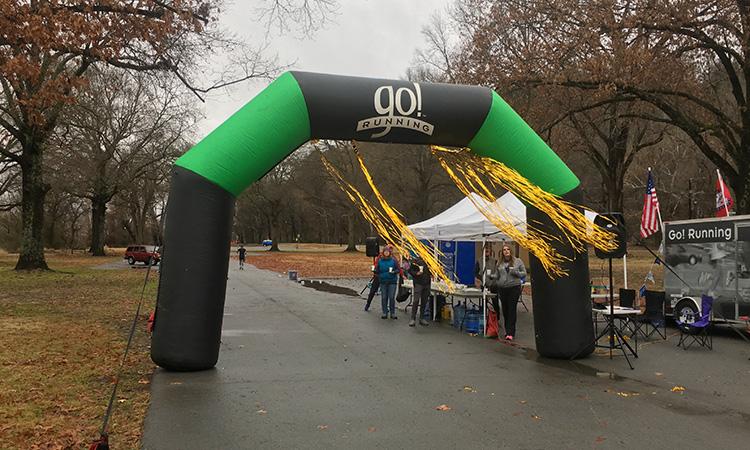 Halfway arch at 3 Bridges Marathon