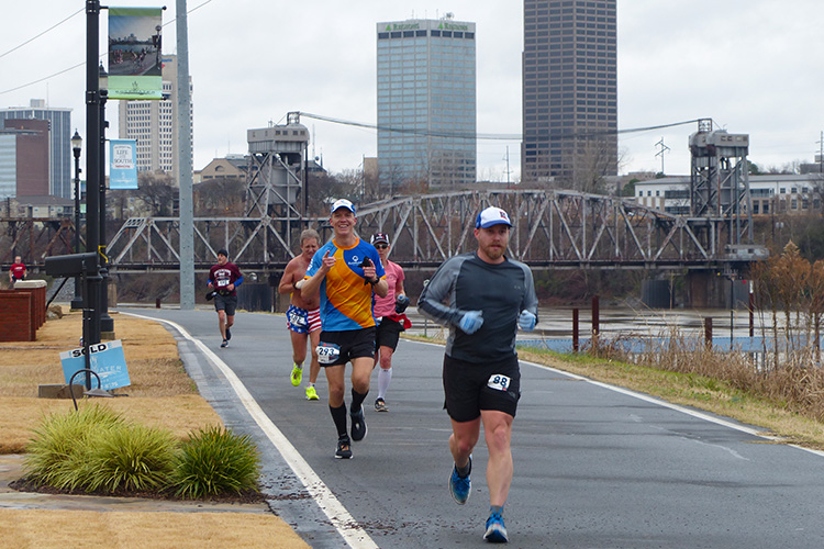 Mike Sohaskey at mile 12 of 3 Bridges Marathon