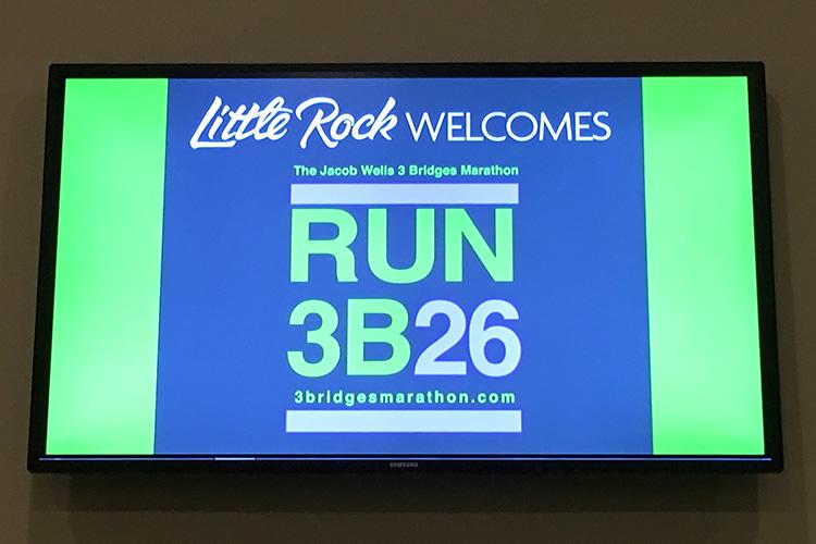 Run 3B2G sign at LIttle Rock Airport