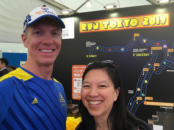 Mike Sohaskey & Katie Ho at Pac-Man booth at Tokyo Marathon expo