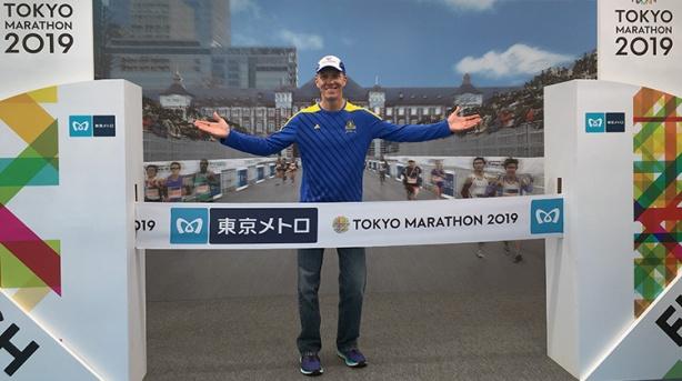 Mike Sohaskey at Tokyo Marathon expo
