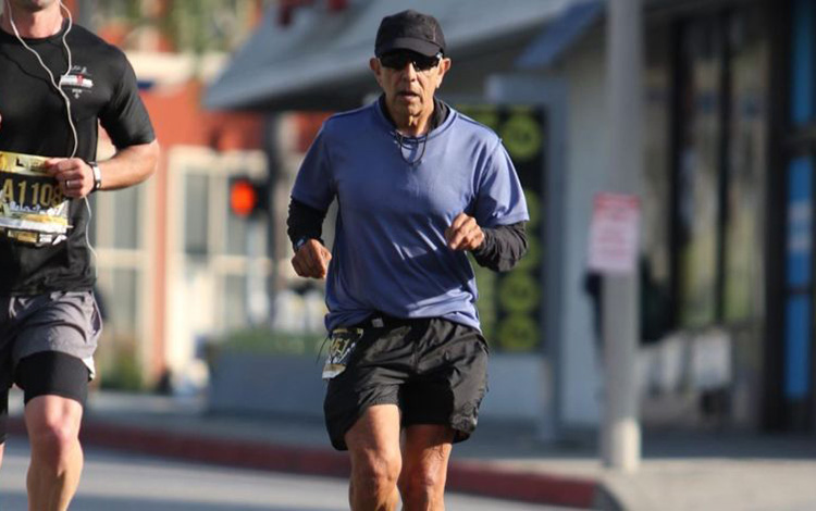 Los Angeles runner Dr. Frank Meza