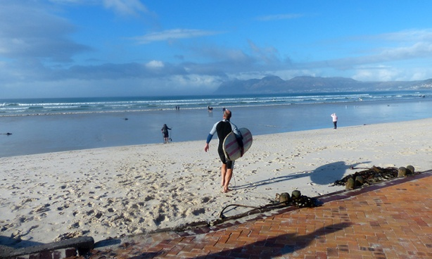 Surfers flock to False Bay