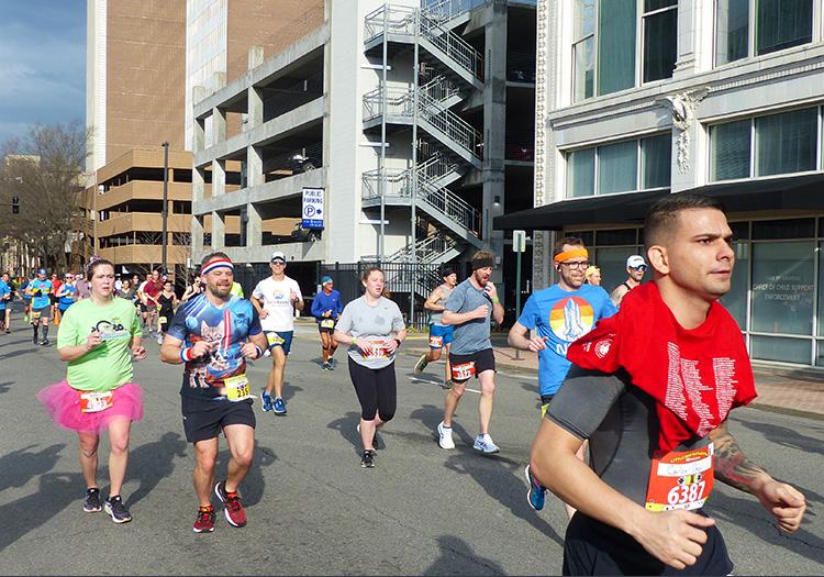 Spotting Mike Sohaskey early on at the Little Rock Marathon