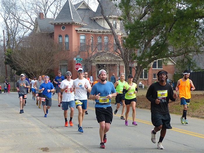 Mike Sohaskey cruising past MacArthur Park, mile 10 of the Little Rock Marathon