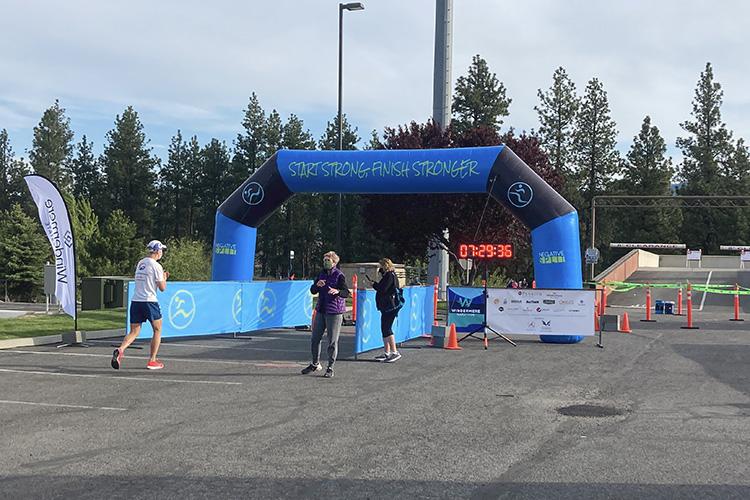 Mike Sohaskey starting the Windermere Marathon